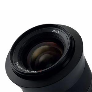 ZF0555_Ottica-Milvus-2.0-35-ZE-attacco-Canon_03