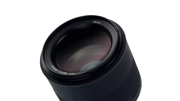 ZF0561_Ottica-Milvus-1.4-85-ZE-attacco-Canon-02